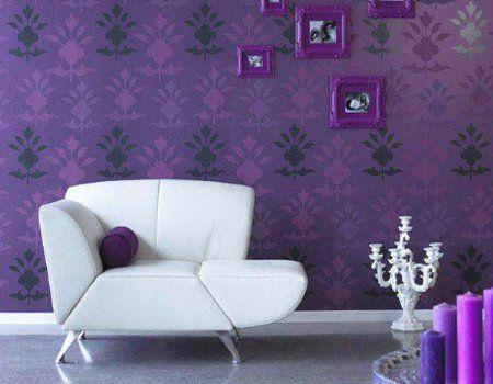 Decorar-el-salón-con-violeta-5_450x350