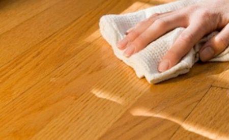 Limpiar la madera de la forma correcta complementos para - Como limpiar muebles de madera ...