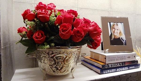 decorar-el-salon-con-rosas