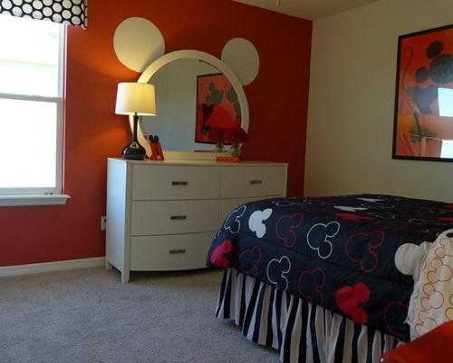 Trucos para ambientar el dormitorio infantil con Mickey Mouse