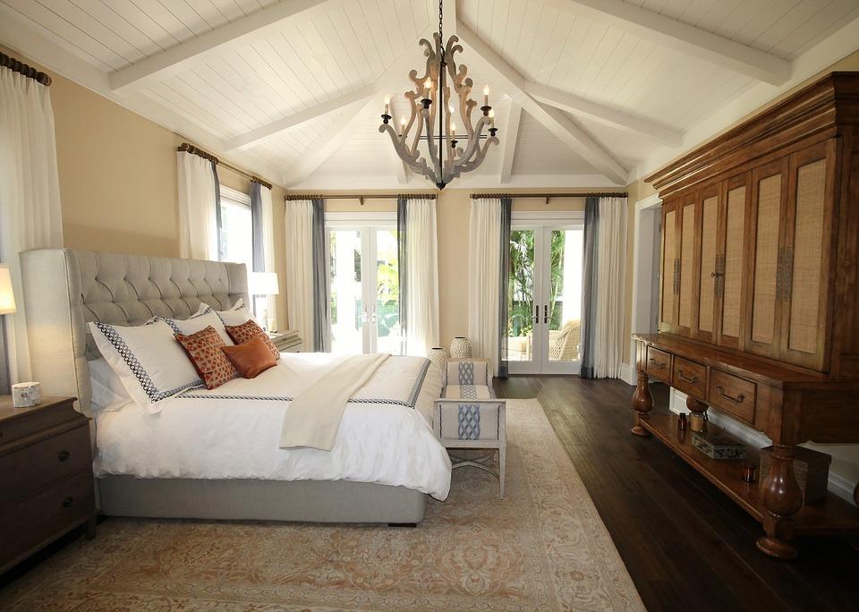 10 Cosas que No Pueden Faltar en la Habitación de Invitados