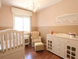 Cómo iluminar la habitación de un bebé