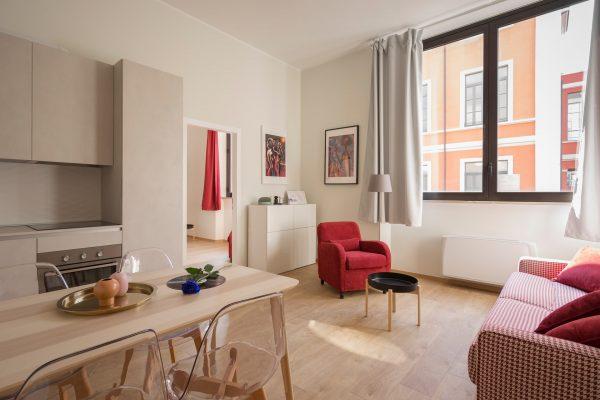 Vender piso con una inmobiliaria